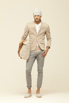 not a fan of the hat and jacket but love the neutral colors for summer