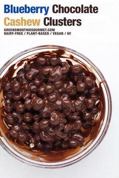 Cacao Recipes, Superfood Recipes, Vegan Dessert Recipes, Desert Recipes, Fall Recipes, Holiday Recipes, Flour Recipes, Healthy Recipes, Healthy Drinks