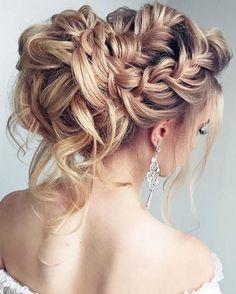 Long Wedding Hairstyles & Bridal Updos via Elstile / http://www.deerpearlflowers.com/long-bridesmaid-hair-bridal-hairstyles/2/