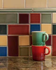 True Craftsman - A mixed collage of Ann Sacks tiles in the backsplash adds color and pizzazz. Arts And Crafts For Adults, Arts And Crafts House, Easy Arts And Crafts, Home Crafts, Craftsman Tile, Craftsman Interior, Craftsman Kitchen, Craftsman Homes, Bungalow Kitchen
