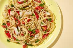 Spaghetti with Crab and Tomatoes recipe