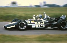 Frank Williams Racing Cars (Brabham BT26A Ford) Piers Courage