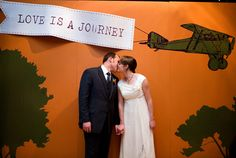 Or go big with a backdrop: | 27 Travel-Inspired Wedding Ideas You'll Want To Steal