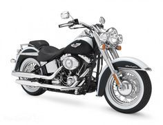 Best bikes for female riders: Harley Davidson Sportster 883 SuperLow