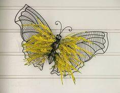 Kanervaperhonen Moth, Insects, Bee, Animals, Honey Bees, Animales, Animaux, Bees, Animal