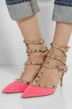 Neon pink Rockstud pumps? Yes, please!