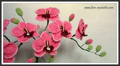 Crochet Flowers Easy Crochet Orchid Flower Pattern Video Tutorial Easy Instructions - You will love this Crochet Orchid Flower Pattern Ideas and we have an easy video tutorial to show you how. Check out all the great ideas now. Crochet Puff Flower, Crochet Flower Tutorial, Crochet Leaves, Knitted Flowers, Crochet Flower Patterns, Beaded Flowers, Crochet Ideas, Crochet Crafts, Yarn Crafts