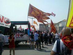 #italia #italy #venezia #venice #marina #porto #portovenezia #manifestazione #nograndinavi  #tuttigiuperterra