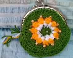 Items similar to Crochet Coin Purse with Kiss Clasp Frame in Off-White on Etsy