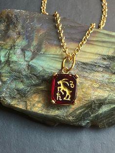 Capricorn Zodiac Sign Intaglio Charm Necklace by SacredBarcelona on Etsy Zodiac Signs Capricorn, Zodiac Jewelry, Necklace Price, Topaz Gemstone, Beautiful Necklaces, 18k Gold, Pendant Necklace, Gemstones, Unique Jewelry