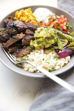9. Steak Fajita Bowl #greatist http://greatist.com/eat/buddha-bowl-recipes