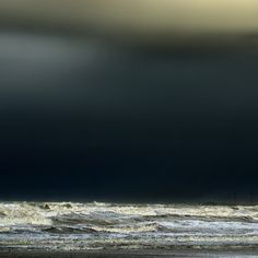 the darkness behind the waves  by   piet flour