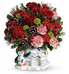 There's still plenty of time to order your holiday floral arrangements from Bakman Floral Design!   Bakman Floral Design is a family owned  operated florist in South Lyon, MI committed to offering the finest floral arrangements gifts, backed by service that is friendly prompt! Call (248) 437-4168 or visit www.southlyonflorist.com for more info!