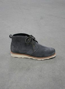 fly shoes for men