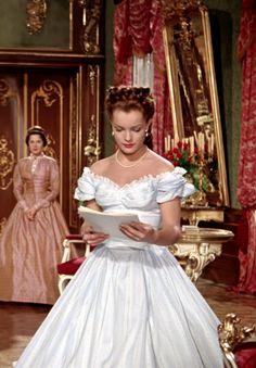 """Romy Schneider in """"Sissi - Die junge Kaiserin"""" (1956)."""