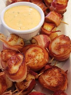 Super Easy Bacon Wrapped Scallops with Spicy Mayo!