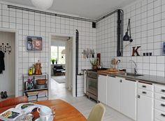 Resultados de la Búsqueda de imágenes de Google de http://www.decoracionchic.com/wp-content/uploads/2012/08/cocina-con-azulejos-blancos-y-juntas-negras.jpg