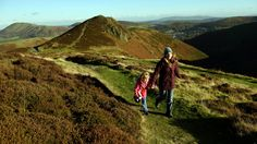 Walking at Carding Mill Valley and the Shropshire Hills © National Trust Images/John Millar