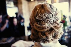 Beautiful. So beautiful. I love this hairstyle. It's supposed to be for a bride, but I want to wear it every day! :)