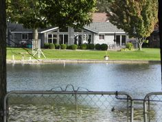 Oakland County waterfront homes