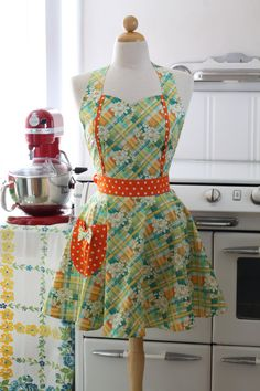 Love! I have one of her aprons and they are wonderful :)
