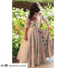 337.3 k abonnés, 631 abonnement, 1,765 publications - Découvrez les photos et vidéos Instagram de Selma Benomar (@selma_benomar_caftan)