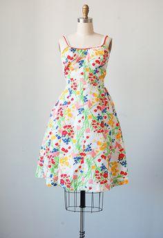 "vintage 1960s bright floral sundress \ measurements(XS) | 38"" length, 30-32"" bust (unstretched), 26"" waist, 4"" straps (adjustable)"