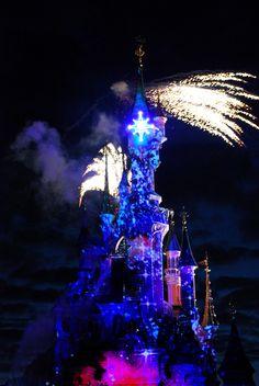 "Multimedia Show ""Disney Dreams"", Disneyland Park (Paris, France)"