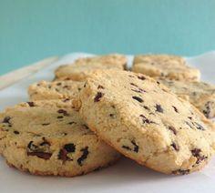 Gluten vrije kokos koekjes met cacao nibs, eet clean koekjes maak je eenvoudig en snel. Kokosmeel is zeer gezond, lees hier waarom!