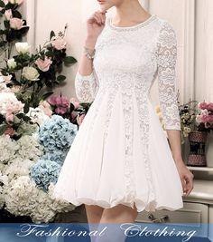 Muchísimos vestidos lindos para escoger.