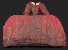 Robe de cour brodée de type Mantua, Angleterre ou Italie, début XVIIIe