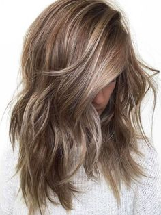20 gorgeous blonde hair color trends for fall 2019 20 . - 20 gorgeous blonde hair color trends for fall 2019 20 gorgeous blonde hair color tr - Brunette With Blonde Highlights, Brown Blonde Hair, Light Brown Hair, Hair Highlights, Icy Blonde, Copper Blonde, Blonde Color, Gray Hair, Blonde Wig