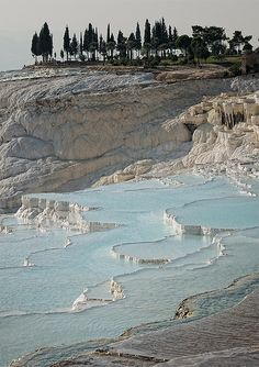 travertine pools, pamukkale, turkey | nature + landscape photography #waterscape