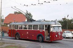 """#Smith, Mygind & Hüttemeier """"Nesa 37"""" serie 3 trolleybus on BUTT chassis (1953) at line 27 in Søborg/Copenhagen"""