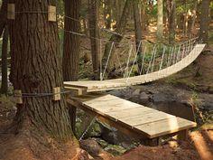 Rope / wood / cable suspension bridge