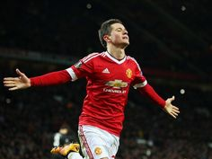 Ander Herrera wants to play alongside Barcelona's Lionel Messi #Manchester_United #Barcelona #Football