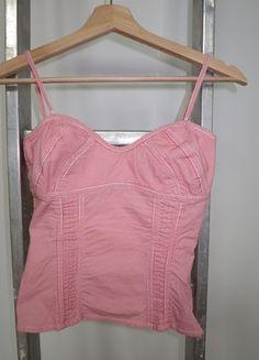 A vendre sur #vintedfrance ! http://www.vinted.fr/mode-femmes/debardeurs/15806814-top-a-rayures-zara-taille-s
