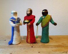Weihnachtsfiguren - Reserviert Die heiligen drei Könige 25cm - ein Designerstück von Waschbrett bei DaWanda