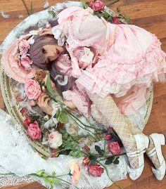 Welcome dears puppets! Gyaru Fashion, Harajuku Fashion, Kawaii Fashion, Lolita Fashion, Asian Fashion, Lolita Goth, Lolita Dress, Lolita Style, Japanese Street Fashion