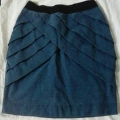"""Small Blue Mini Skirt Detail complements and draws eye to the hips. Very cute, I love it But I'm an inverted triangle and it doesn't flatter my shape. Like new,15"""" length. 22-23"""" circumference. silence + noise Skirts Mini"""