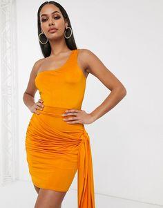 Vestido ajustado en naranja teja con lateral drapeado y diseño asimétrico de Femme Luxe   ASOS