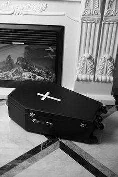 Coffin suitcase