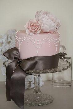 Różowy Tort