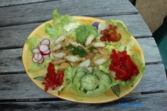 Carole's Chatter: A cobb Salad?? Lettuce Cups, Guacamole, Cobb Salad, Chicken, Ethnic Recipes, Food, Lettuce Leaves, Essen, Meals