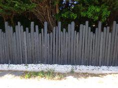 clôture en piquets d'ardoise