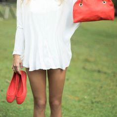 """Leila - Piccola borsa in pelle e ottone spazzolato che rende """"stiloso"""" anche l'outfit più semplice."""