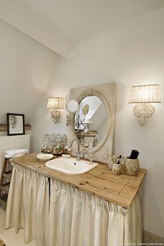Maison d'Anvers, le lavabo de la salle de bains