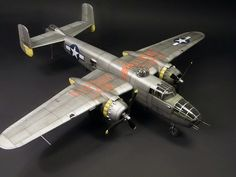 B-25 model scale 1/32