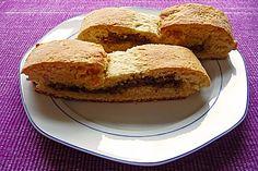Marzipan-Nutella-Amaretto-Spekulatius Stollen