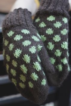 Fingerless Gloves, Arm Warmers, Knitted Hats, Knitting, Socks, Projects, Puppets, Fingerless Mitts, Fingerless Mittens